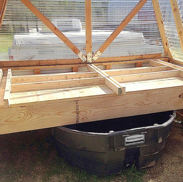 aquaponics-grow-bed-support